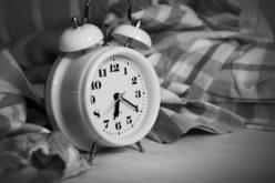 Dormire dopo pranzo fa bene?